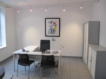 bureaux 130m r nov s 20m d 39 archives louer valenciennes. Black Bedroom Furniture Sets. Home Design Ideas